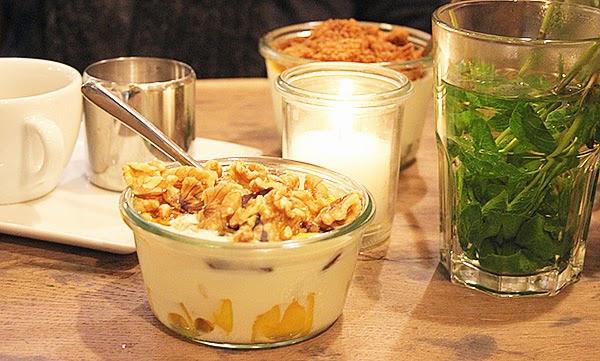 yogurtbarn07