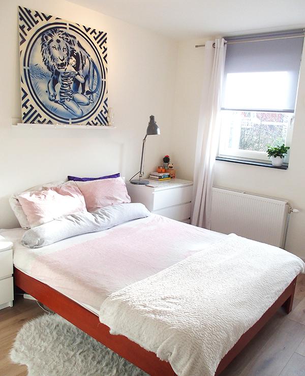 bedroom01